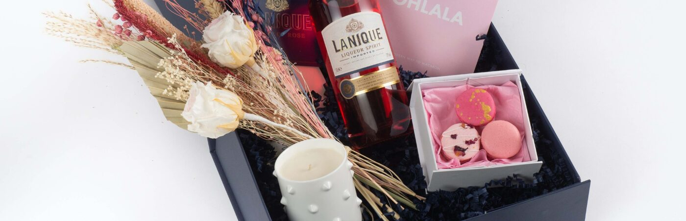 Come Up Smelling of Roses with the Lanique Love Box this Valentine's Hero Image